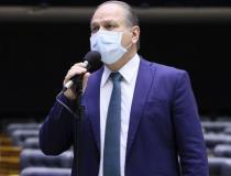 Líder do governo na Câmara processará relator da CPI por calúnia