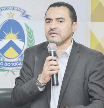 Vice, Wanderlei Barbosa assume como governador interino