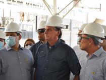 Bolsonaro edita MP que isenta conta de luz para moradores do Amapá