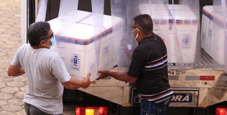 Maranhão recebe novas doses de vacinas CoronaVac