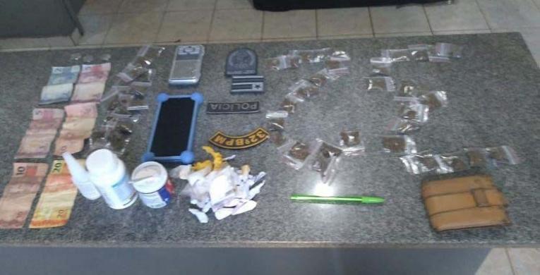 Políciais Militares do 32º prendem homem com droga em São Francisco do Brejão