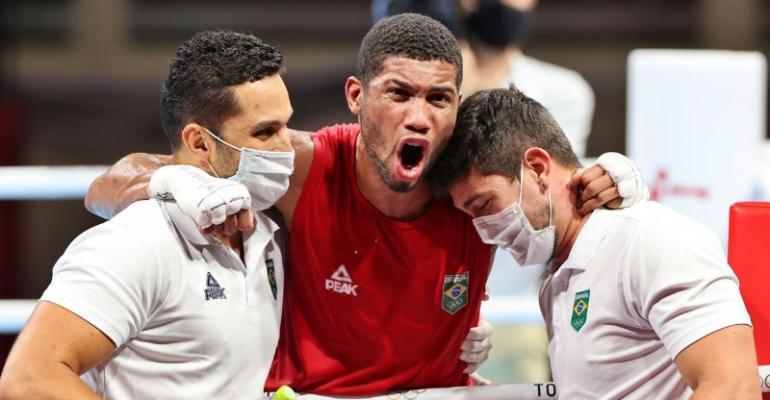Com 2ª medalha garantida, boxe brasileiro vive expectativa de recorde
