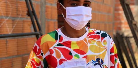 Costureiras comemoram resultados alcançados com projeto de confecção de máscaras apoiado pela Suzano na região