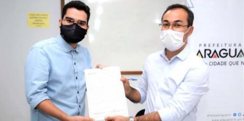 Aprovados no concurso público de Araguaína assinaram termo de posse nesta sexta-feira, 4