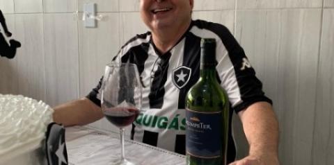 Homenagem a Newton de Oliveira