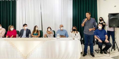 Gaguim se compromete com  Hospital Universitário de Paraíso