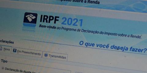 Bolsonaro veta projeto que adiava prazo de entrega da Declaração do IR
