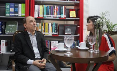 """A literatura amolda e dá sensibilidade ao jurista"", diz Lourival Serejo"