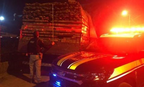 Carregamento ilegal de madeira é apreendido pela PRF em Balsas