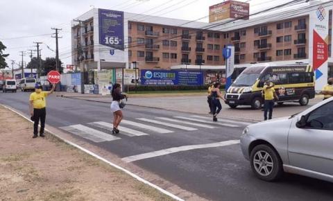 """""""Pé na Faixa"""" conscientiza motoristas e pedestres na Semana Nacional do Trânsito emImperatriz"""