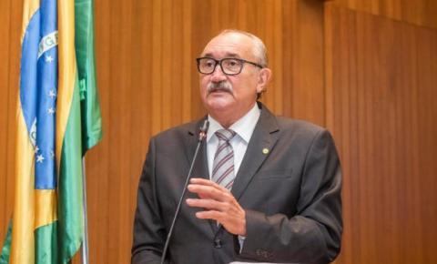 César Pires cobra celeridade para conserto de helicóptero do governo