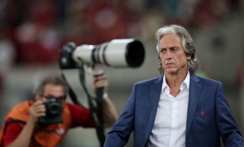 Jorge Jesus critica proibição de torcedores em estádios de Portugal