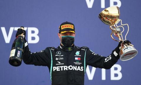 Bottas ganha GP da Rússia após punições afastarem Hamilton de recorde