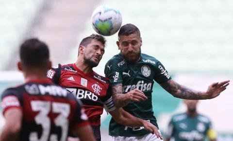 Após imbróglio judicial, Palmeiras e Flamengo empatam em 1 a 1