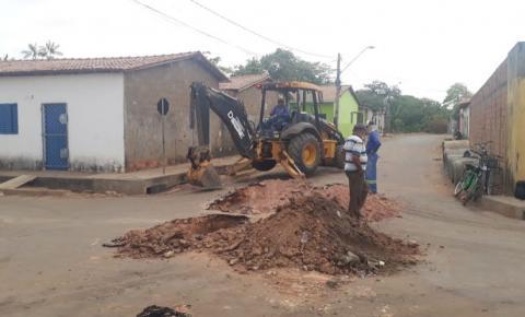 Prefeiturainicia drenagem profunda na Rua do Alecrim no Parque Anhanguera