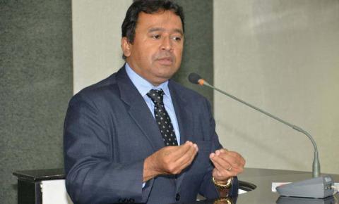 Desespero de Elenil mostra seu despreparo para administrar Araguaína