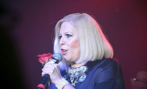 Cantora Vanusa morre aos 73 anos