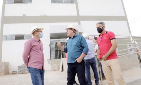Dimas inaugura pacote de obras em comemoração ao aniversário de Araguaína