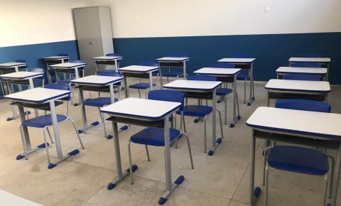 Inaugurada Escola Domingos Moraes com anúncio de construção de quadra coberta