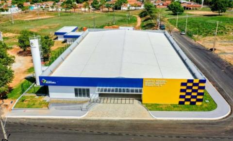 Prefeito Wagner Rodrigues implanta 10 novos leitos de UTI contra covid-19 em Araguaína