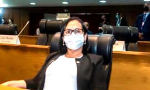 Deputada Betel Gomes solicita perfuração de poços artesianos e reservatório de água para Buriticupu