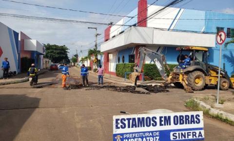 Prefeitura inicia construção de drenagens superficiais na Avenida Imperatriz