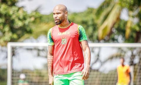 Sampaio viaja com desfalque e duas dúvidas para jogo contra o ABC