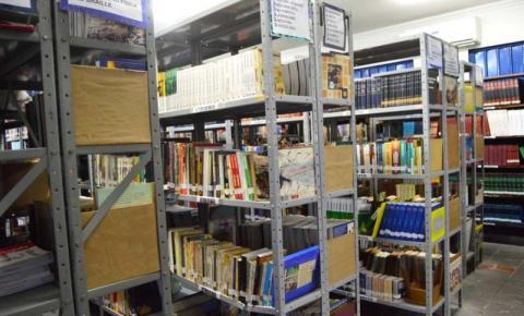 Biblioteca Municipal mantém atendimento ao público A unidade garante cadastros e empréstimos de livros