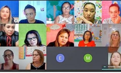 Professores da rede municipal de Gurupi passam por formação em encontro pedagógico