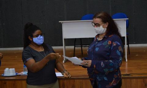 Novos membros do Conselho Municipal dos Direitos da Criança e Adolescente tomam posse