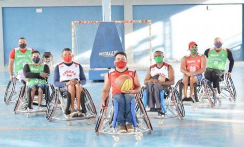 Atletas do Cenapa recebem doação de rodas profissionais