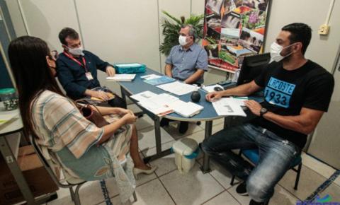 Formação de jovens aprendizes é tema de reunião do SENAI e IEL com Prefeitura de Estreito