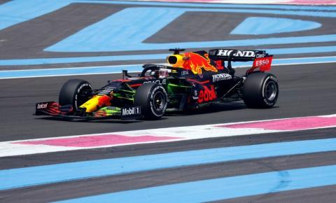 Verstappen supera Hamilton e fica com a pole do GP da França de F1