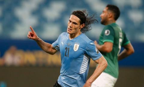 Uruguai derrota Bolívia e avança para quartas