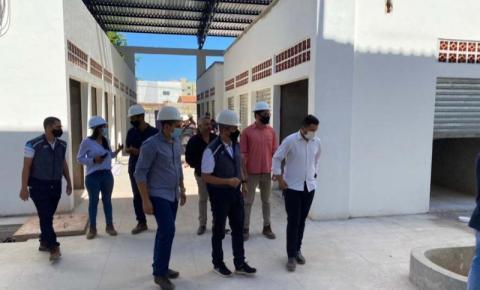 Entidades classistas visitam obras de construção do Shopping da Cidade