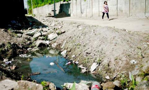 Maioria das famílias na extrema pobreza não têm saneamento, diz estudo