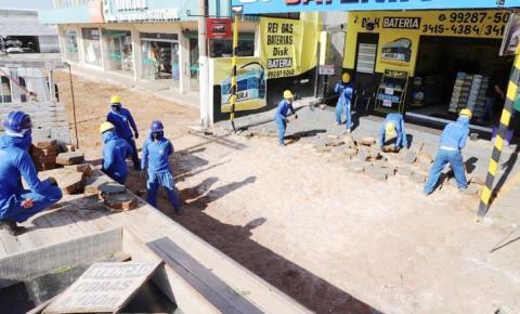 Prefeitura inicia implantação de calçadas com acessibilidade no centro comercial de Araguaína