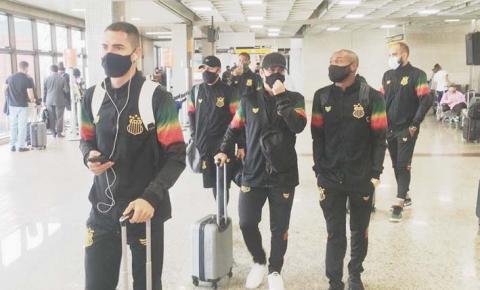 Com Joécio e Eloir, Sampaio embarca para Pelotas para jogo contra o Brasil