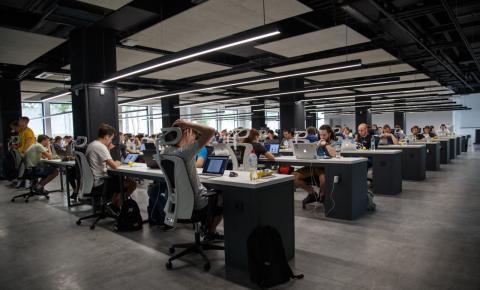 Conheça o software ajuda empresas a adotarem modelo híbrido de trabalho