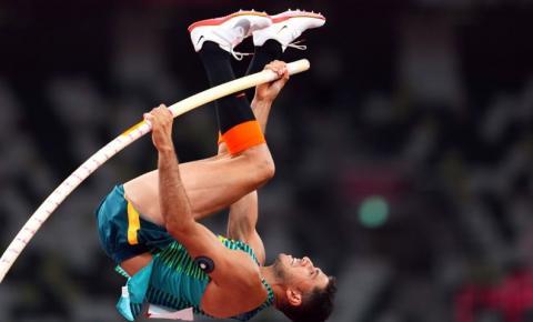 Thiago Braz conquista bronze no salto com vara