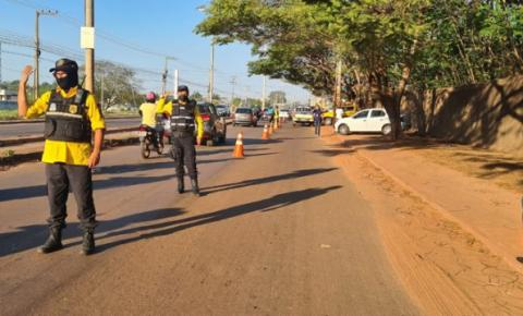 Força-tarefa fiscaliza veículos de transporte intermunicipal de passageiros em Imperatriz