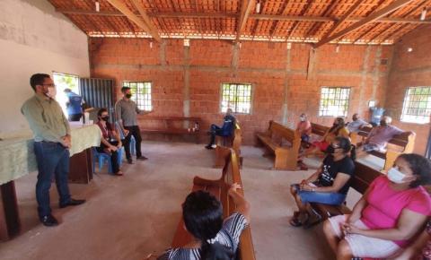 Reunião discute regularização do Povoado Bacaba