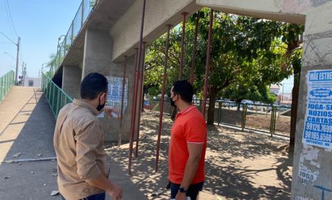 Prefeitura vistoria obra de manutenção e recuperação da passarela do viaduto de Imperatriz