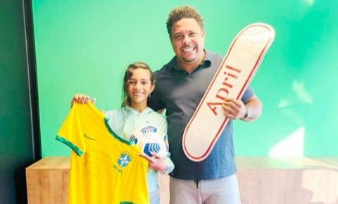 Rayssa Leal e Ronaldo Fenômeno se encontram em São Paulo e trocam elogios