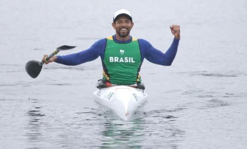 Luís Carlos Cardoso é prata na canoagem