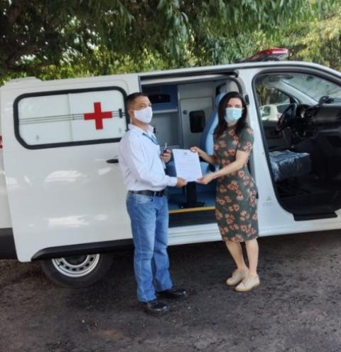 VLI entrega ambulância à prefeitura de Porto Franco