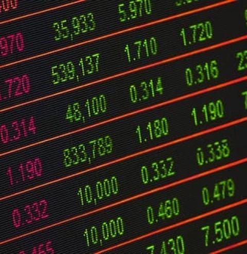 Web Summit Relações com Investidores e Mercado de Capitais debate mudança do paradigma de investidor pessoa física